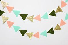 Filz und Glitter DreieckeGirlande von stephlovesben auf Etsy, $16.00