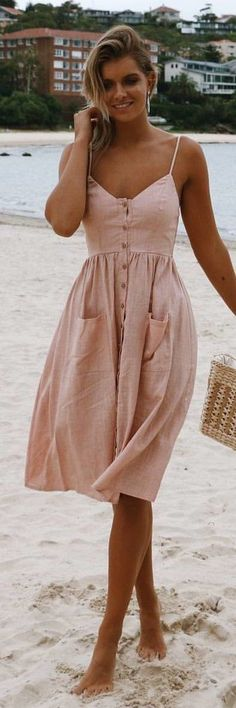 Comfortable bush dress for summer.
