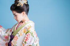 可愛すぎる和装ヘア発見!花嫁着物専門店『CUCURU』のヘッドドレスが唯一無二のデザインで素敵♡にて紹介している画像