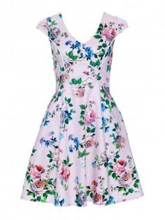An elegant style that will add a pop of colour to your Winter wardrobe, the Rocha Dress features a circle skirt, under bust piping, a flattering v-neck, modest cap sleeves and a stunning floral print. Jw Fashion, Review Fashion, Floral Fashion, Knee Length Dresses, Day Dresses, Dresses Online, Floral Dresses, Womens Fashion Australia, Vintage Inspired Fashion