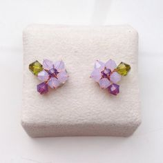 Small Post earring/Shabby Chic earring/Small Stud by PastelGems