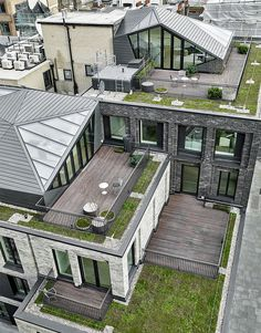 Футуристичный павильон на крыше