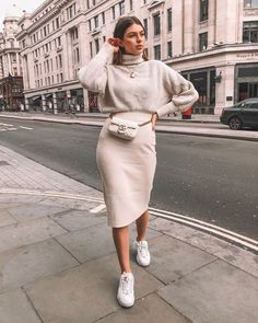 Neutral , all nude , all white outfit. Midi skirt , fila trainers , jumper and Guucci Marmont matelassé leather super mini bag . Midi Skirt Outfit, Winter Skirt Outfit, Skirt Outfits, Midi Skirts, Winter Midi Skirt, Beige Skirt Outfit, Maxi Dresses, Party Dresses, Formal Dresses