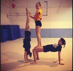 30 melhores ideias de acrobÁtica em 2020  ginastica