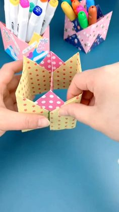 Diy Crafts Hacks, Diy Crafts For Gifts, Diy Crafts Videos, Craft Stick Crafts, Creative Crafts, Crafts For Kids, Origami And Kirigami, Paper Crafts Origami, Origami Box