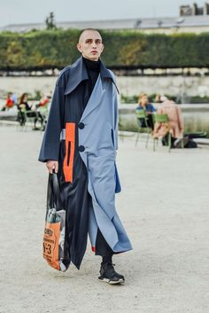 September 27, 2016  Tags Orange, Paris, Navy, Blue, Totes, Men, Color Blocking, Sneakers, Coats, Bags, Turtlenecks, Adidas Y-3, 1 Person, SS17 Women's
