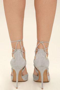 Шикарные серые каблуки - Замшевые замши из веганской пряжи - Кружевные каблуки - $ 36.00