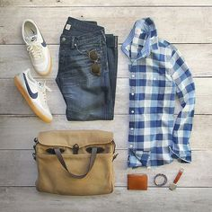 Outfit grid - Denim and checks