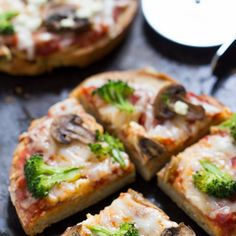 + Broccoli Quinoa Pizza - Simply Quinoa Mushroom + Broccoli Quinoa Pizza - a healthy, vegetarian and gluten-free meal that's perfect for a busy weeknight!And And or AND may refer to: Aryuvedic Recipes, Pizza Recipes, Gluten Free Recipes, Vegetarian Recipes, Cooking Recipes, Healthy Recipes, Healthy Pizza, Healthy Sides, Cooking Tips