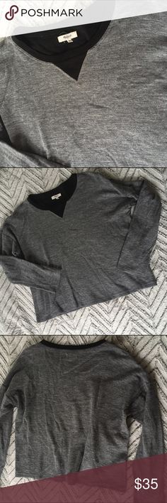 "Madewell Grey Sweatshirt Grey Contrast, large Madewell gray sweatshirt with black Contrast. Size large.  24.75"" armpit to armpit, 22.5"" long, 19.75"" Sleeves. In excellent pre-owned condition!   🎀Search my closet for your size 🎀BUNDLE and SAVE! 🎀REASONABLE offers WELCOME 🎀NO TRADES NO HOLDS 🎀Thank you for stopping by!❤️ Madewell Tops Sweatshirts & Hoodies"