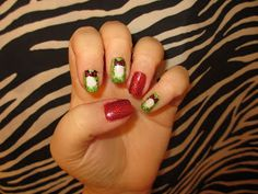 red green white christmas wreaths nail art design