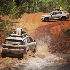 Land Rover Discovery Sport driving thought water in the Outback. Discovery Car, Land Rover Discovery Sport, Range Rovers, Range Rover Evoque, Pedal Cars, Car Images, Family Holiday, Exotic Cars, Bump