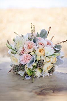 pretty pastels // photo by Edyta Szyszlo // floral design by Atelier Joya