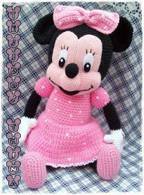 Minnie Mouse Amigurumi Free Pattern (beautiful Skills Crochet With Regard To Free Mini Mouse Crochet Patterns Click below link for Mickey Mouse Doll, Crochet Mickey Mouse, Patron Crochet, Crochet Amigurumi Free Patterns, Amigurumi Doll, Stuffed Toys Patterns, Crochet Projects, Mini Mouse, Gift