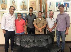 Deputados reivindicam mais segurança em Delfinópolis http://www.passosmgonline.com/index.php/2014-01-22-23-07-47/geral/9711-deputados-reivindicam-mais-seguranca-em-delfinopolis