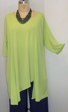Coco and Juan Lagenlook Plus Size Tunic Asymmetric Top Kiwi Green Knit Size 1 (fits 1X,2X)  Bust 50 inches