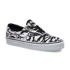 8424efb67004c6 Vans Men s Star Wars Era - Dark Side Storm Camo Star Wars Shoes