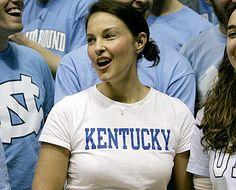 Ashley Judd in Kentucky Wildcat gear