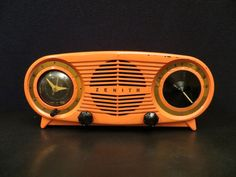 "VINTAGE OLD EARLY 1951 ZENITH "" OWL EYE RARE COLOR ANTIQUE BAKELITE CLOCK RADIO"