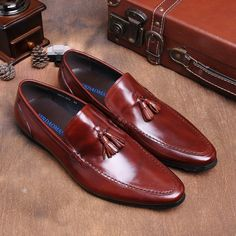 68.53$  Buy now - http://alicuj.worldwells.pw/go.php?t=32711249801 - New Arrival Men Driving Shoes Black Brown Color Office Business Men Shoes EU 38-43 Fashion Man Loafers Slip-On Autumn Footwear 68.53$