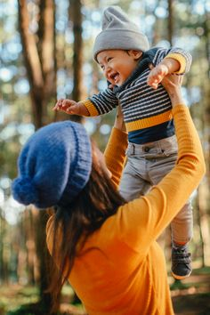Multi-Sponsored Sweepstakes- Win 12 Pairs Of Baby Shoes And Car Seat - ContestBig Boy Birthday Pictures, First Baby Pictures, Baby Due, Holding Baby, Fall Photos, Young And Beautiful, Mother And Child, Having A Baby, Autumn Inspiration