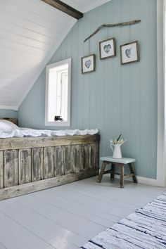 Mias Interiør / New Room Interior / Interiørkonsulent Maria Rasmussen: Endelig! Wood Paneling Makeover, Painting Wood Paneling, Painted Wood Floors, Home Bedroom, Bedroom Decor, Room Interior, Interior Design, Grey Flooring, Beautiful Bedrooms