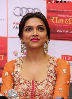 Deepika Padukone promotes movie Ramleela -   #DeepikaPadukone during a press conference to promote her upcoming movie #Ramleela in Ahmedabad.2013.http://movie.webindia123.com/movie/asp/event_gallery.asp?cat_id=2&p_id=0&e_no=6187