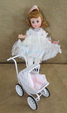 Wendy loves being just like Mommy doll Madame Alexander baby stroller vintage #MadameAlexander #DollswithClothingAccessories