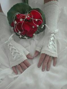 Knitted bridal fingerless gloves, bridal gloves, off white bridal fingerless gloves with satin ribbon, knitted wedding fingerless gloves