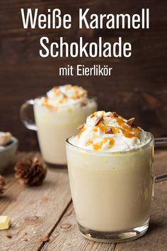 Weisse Karamell-Schokolade mit Verpoorten Original Eierlikör - Cocktails und Longdrinks mit Eierlikör | Verpoorten Winter Drinks, Cocktail Drinks, Yummy Drinks, Nom Nom, Recipies, Food And Drink, Pudding, Sweets, Homemade