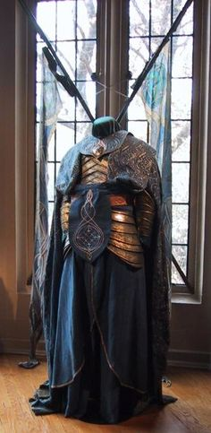 "From ""The Lord of the Rings: The Fellowship of the Ring"" (2001) worn by Mark Ferguson as Gil-Galad design by Ngila Dickson and Richard Taylor"