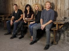 Little Big Town and Hunter Hayes raise money to end child hunger. Thank you.