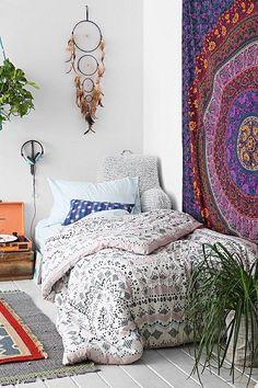 hippi tarzi ev dekorasyonu mobilya tekstil ve renkler (8)