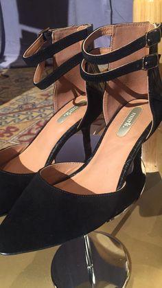 mark. On The Double Heels #AvonDreams Photo: Jessica Goon Facebook