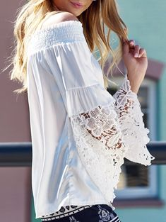 Lace Crochet Flower Splicing Stylish Off-The-Shoulder Lantern Sleeve Blouse For Women in White | Sammydress.com
