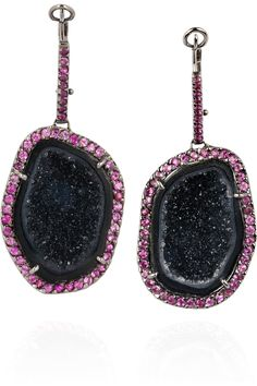 Kimberly McDonald - Geode and pink sapphire earrings Geode Jewelry, Scarf Jewelry, Pink Sapphire Earrings, Blue Sapphire, Funky Jewelry, Modern Jewelry, Classic Updo, Kimberly Mcdonald, Jade