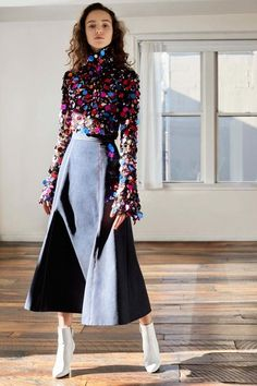 Carolina Herrera Pre-Fall 2018 Fashion Show Collection