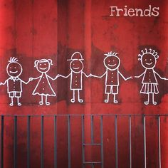 Friends #friends #drawing #paint #flyover #pillar #kids #mobilephotography #shotfromiphone6 #deepstudio www.deep.studio