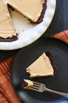 Pumpkin Spice No-Bake Cheesecake – an easy, light, Fall dessert!