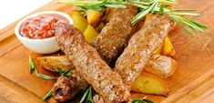 Lula kebab in the oven: a recipe with a photo .- Lula kebab in the oven: a recipe with a photo of cooking at home lula kebab from pork, chicken, beef Cook At Home, Pork Recipes, Chicken Wings, Sausage, Bacon, Oven, Meat, Cooking, Breakfast