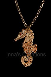 Inna's Creations: Quilled seahorse pendant