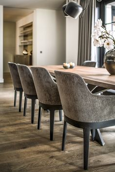 Dining Room Chairs, Dining Area, Dining Table, Apartment Renovation, House And Home Magazine, Interior Design Tips, My Dream Home, Decoration, Pendant Lighting