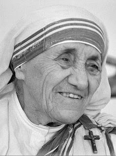 Pope: Mother Teresa Of Calcutta To Be Made A Roman Catholic Saint In September Mother Teresa Essay, Mother Teresa Quotes, Missionaries Of Charity, Saint Teresa Of Calcutta, Catholic Saints, Roman Catholic, Prayer Warrior, Blessed Mother, Pope Francis