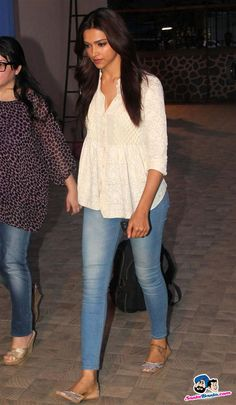 Deepika Padukone Picture Gallery image # 223997 at Jiah Khan Condolence Meet containing well categorized pictures,photos,pics and images. Short Kurti Designs, Simple Kurti Designs, Kurta Designs Women, Blouse Designs, Hindus, Deepika Padukone Dresses, Kurti With Jeans, Casual College Outfits, Diana