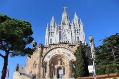 http://www.vacaciones-espana.es/Barcelona-area/articulos/el-tibidabo-visita-el-templo-y-atracciones-con-mejores-vistas-a-barcelona