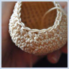 Háčkovánky: Háčkovaný dětský medvídek Friendship Bracelets, Earrings, Jewelry, Ear Rings, Stud Earrings, Jewlery, Jewerly, Ear Piercings, Schmuck