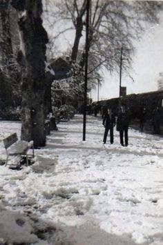 Karla kaplı tren istasyonu (Bostancı, 1958) #istanlook