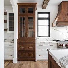 Home Decoration Black .Home Decoration Black Diy Kitchen, Kitchen Interior, Kitchen Decor, Kitchen Ideas, Home Design, Interior Design, Mug Design, Br House, Beautiful Kitchens