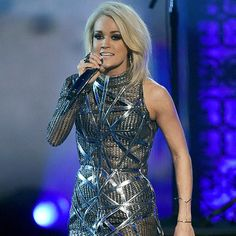 BEST.PERFORMANCE.OF.THE.NIGHT!!! Church Bells - Carrie Underwood
