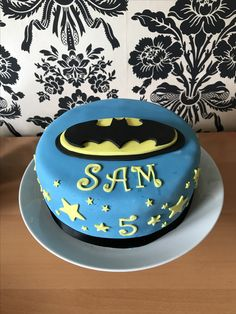 Batman inspired ice cream cake 3 Bday party Pinterest Cream